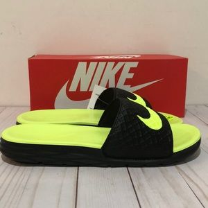 Nike Benassi Solarsoft unisex Slides Black/volt